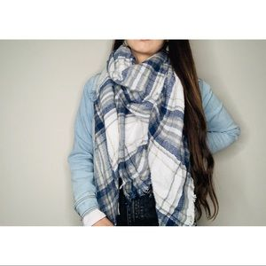 White and blue plaid scarf